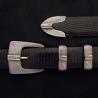 CLAY WRIGGLE FINISH W 14K GOLD ROPE BUCKLE SET