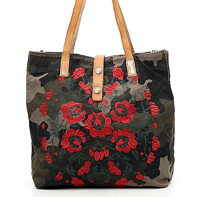 CAMO CANVAS WITH ROSE PRINT SHOPPER TOTE IN NATURAL