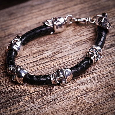 SKULL BEAD BRAIDED LEATHER BRACELET